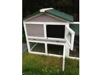 Guinea pig/rabbit hutch/run