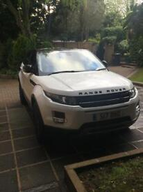 White 2012 Range Rover Evoque, Auto, FSH, MOT, Black pack, DVD, Rev Cam + much more ONLY £19500!!