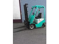 PUMA 1 1/2 TON ELECTRIC FORKLIFT FOR SALE