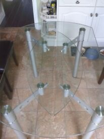 Torino glass extending table excellent condition