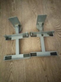 2x TV extendable wall mounts and brackets