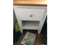Oak/cream solid wood bedside unit...oak furniturland, Laura Ashley king bedset, Bedside lamp, New.
