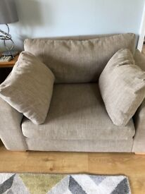 2 snuggle chairs