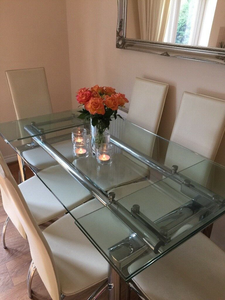 Extendable Glass Dining Table & 6 Chairs