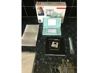Nintendo Ds Lite ( Light Blue ) Console And Charger