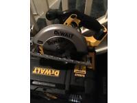 Dewalt 18v XR circular saw brand new !!!