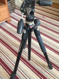 Mamfrotto tripod, head and carry bag