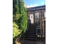 2 bedroom property with a garden to let in Commercial Street, Kirkcaldy