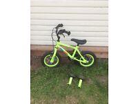 """Boys Marvin Monkey Apollo bike 12"""""""