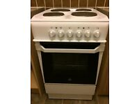 Indesit White electric oven