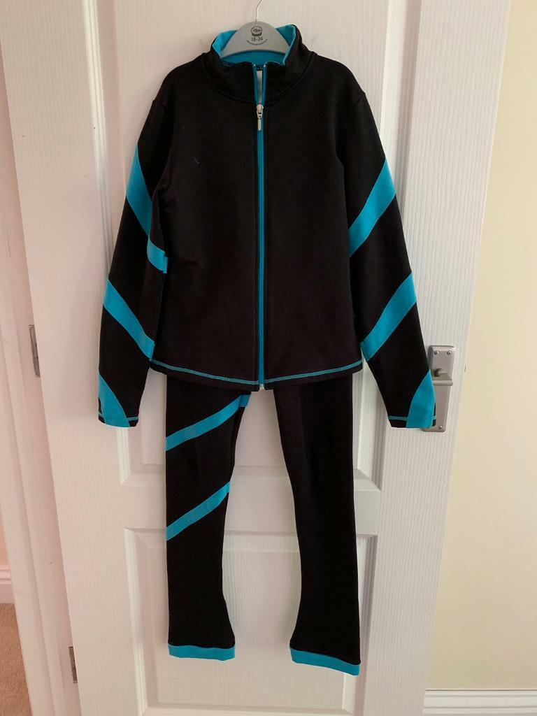 3e1b04c07c6c9 Chloe Noel Ice skating leggings and jacket size CM | in Guildford ...