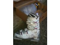 Solomon ski boots size 26 (UK size 8), worn only once, with Catrax, mint condition