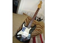 Left Handed electric guitar Encore Stratocaster full size