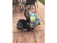 Cosatto car seat £30