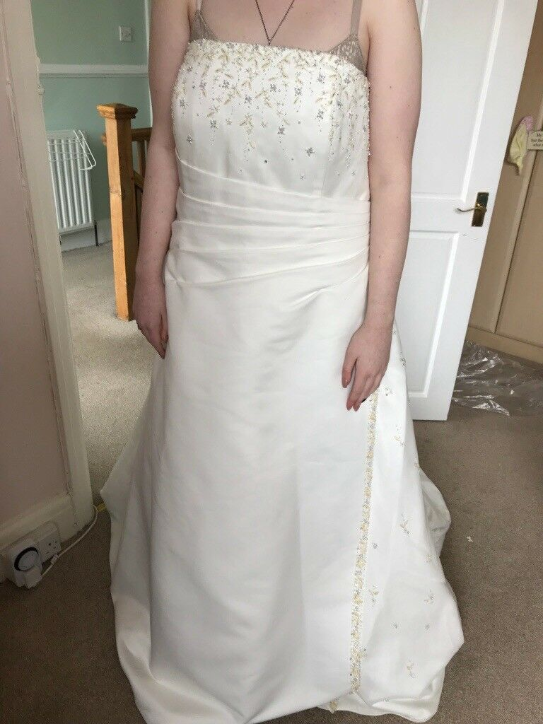 Gorgeous forever yours wedding dress size 22 | in Horsforth, West ...