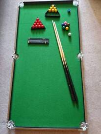 Child's Table top snooker table