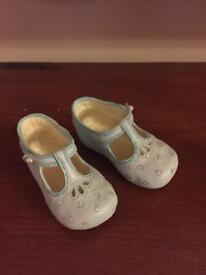 Ceramic Baby shoes blue