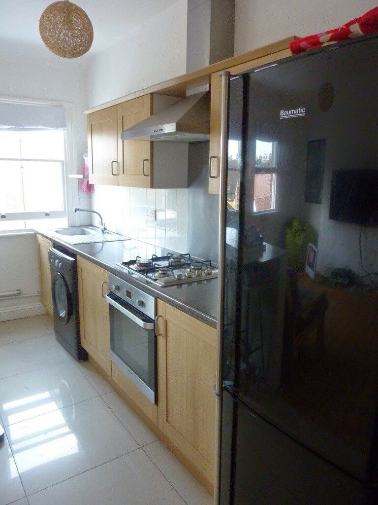 Lovely fully furnished 2 double bedroom flat to rent located in Elephant & Castle Zone 1