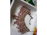 Statement jewellary in pink