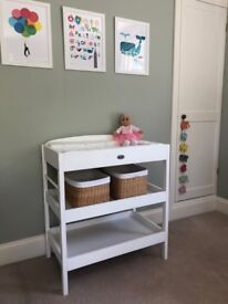 White wooden Baby Changing table by Baby Weavers - good used condition
