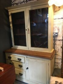 WELSH DRESSER LINEN PRESS SOLID PINE GLASS DOOR CABINET FARMHOUSE COUNTRY STYLE