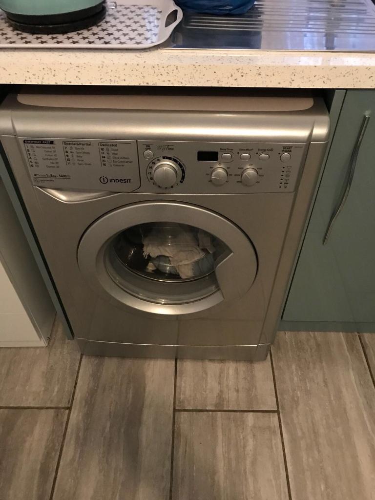 Silver indesit washing machine 8kg