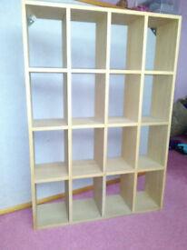 Small wooden shelf unit