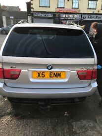 BMW X5 . 2001 private plate included