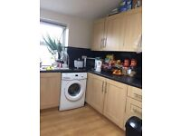 Central Meanwood two-bed apartment 100 metres from Waitrose