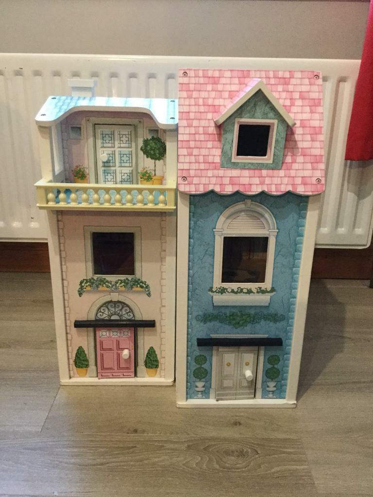 KIDIKRAFT DOLLS HOUSE WITH FURNITURE VGC