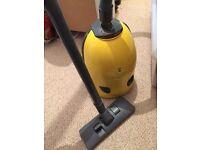 Compact vacuum cleaner good working order (hoover)