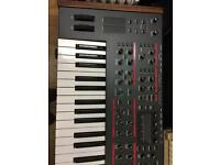 Dave Smith Pro 2 synth