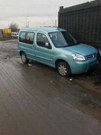 Peugeot partner 1.9 ( breaking full vehicle for parts)