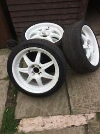 """Multifit alloys 18"""" with 225/40/18 tyre one tyre new Michelin"""