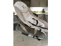 Baby rocker/bounce chair
