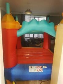 Kids small bouncy castle for sale