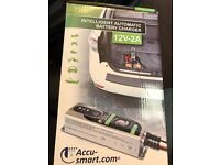 ACCUSMART BATTERY CHARGER 12V 2A NEW (CAR / MOTORCYCLE)
