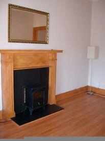 1 bedroom flat in Causeyside Street, Paisley