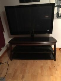 SAMSUNG PS50Q97HDX/XEU 50 INCH PLASMA TV AND AVF TV STAND AND PEDESTAL