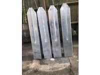 Steel post spikes