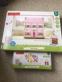 Wooden dolls house + dolls + accessories BNIB