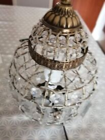 BIRD CAGE EFFECT TABLE LAMP