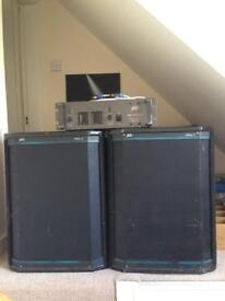 Complete PA system: 2 x Peavey SysTM 2 600W speakers + Peavey m-7000 MarkV series Stereo Power Amp