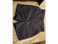 H and M Maternity shorts size 14