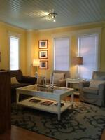 Fully furnished 2 bedroom & den located in the heart of Downtown