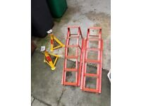 Axle stands and wheel ramps