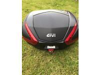 Givi Monokey V47 top box. Great condition.