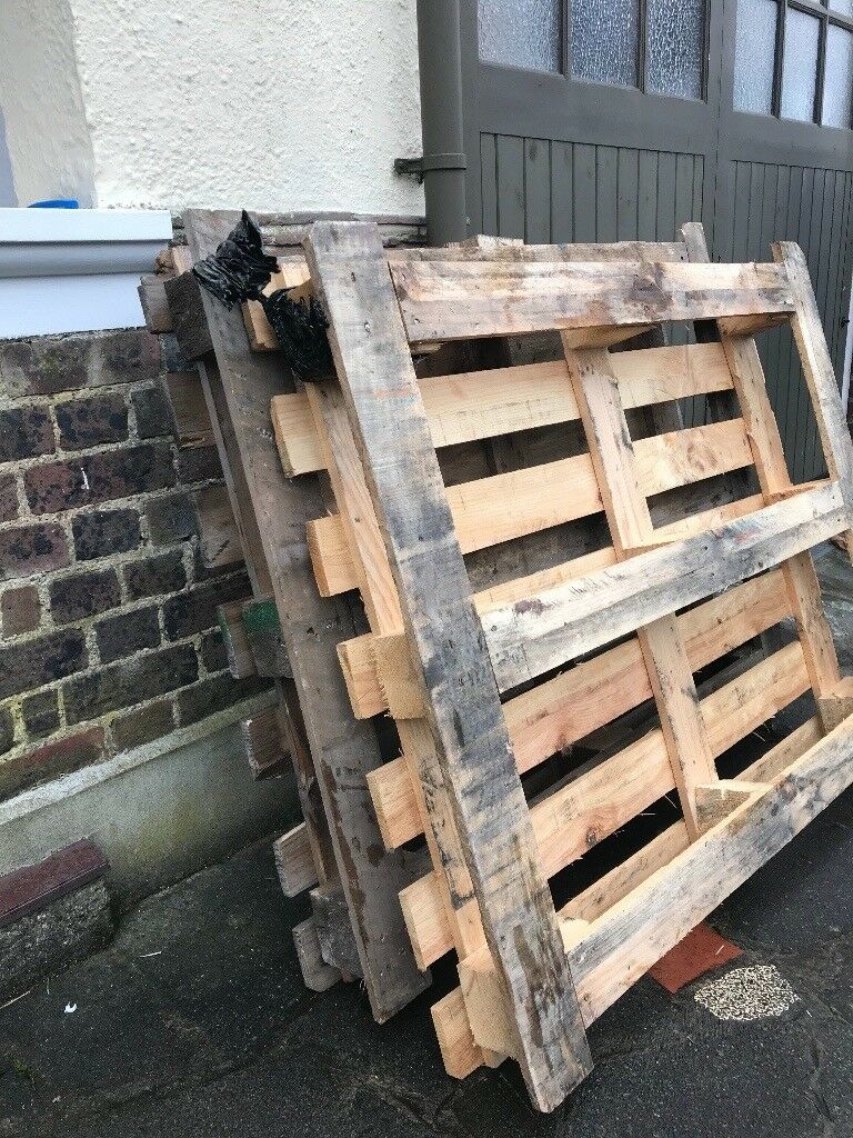 FREE - 2 x WOODEN PALLETS