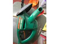 Hedge trimmers black and decker