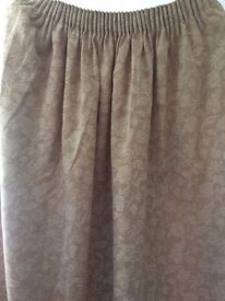 CURTAINS – 4 WITH SEWN IN REGULAR LININGS